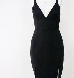 LeBLANC finds Deep V Bodycon Dress BLACK