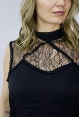 LeBLANC finds Lace Dress