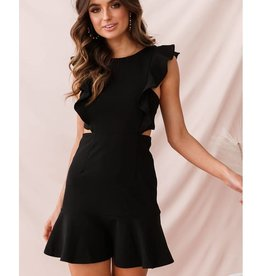SELFIE LESLIE Ruffle sleeve dress, BLACK