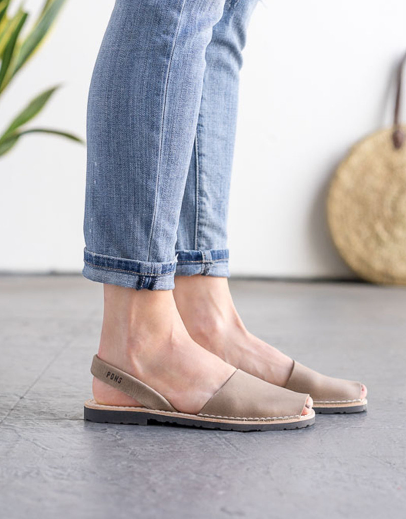 PONS Avarca Sandal TAUPE