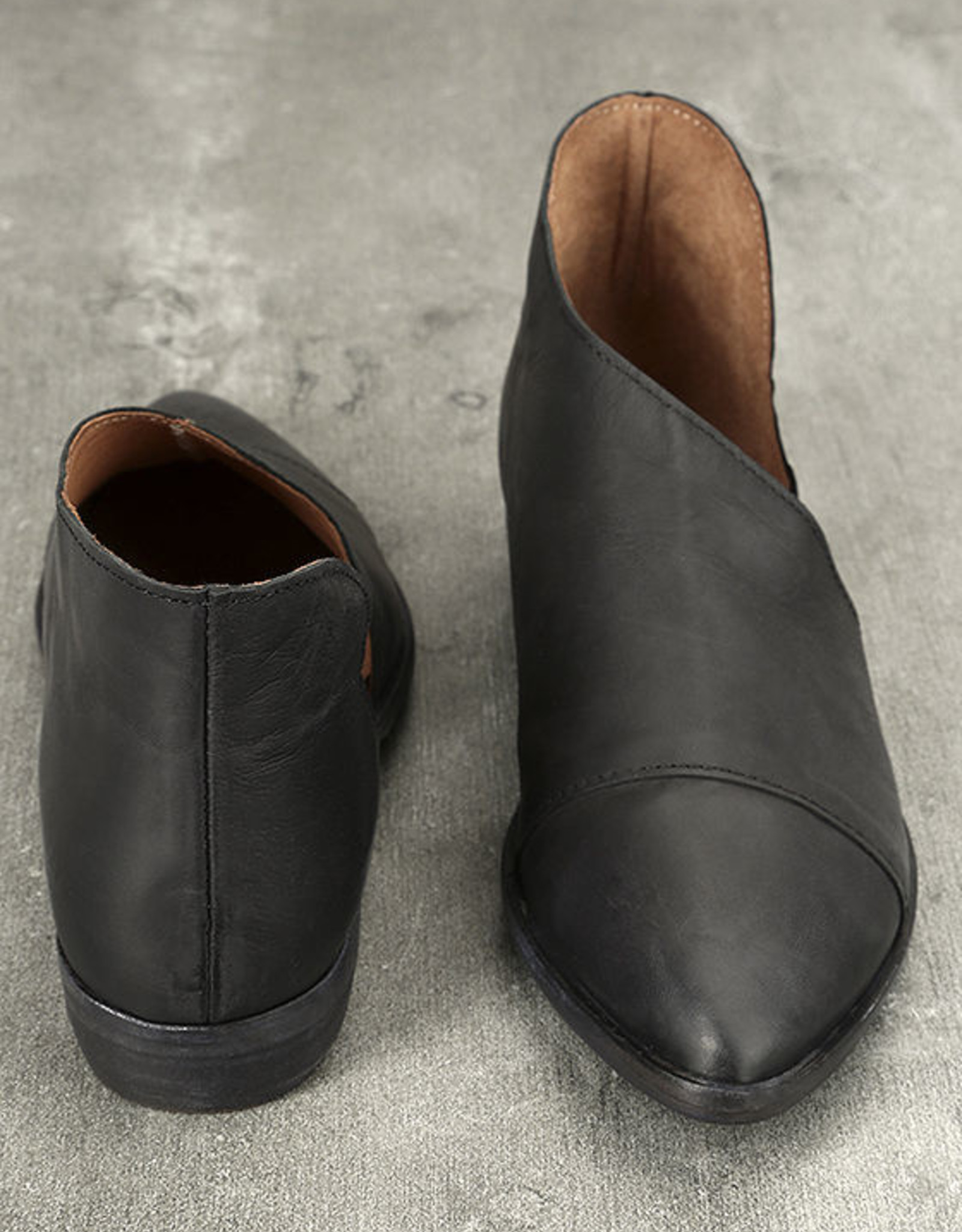 FREE PEOPLE Flat Royale Shoe, BLACK leather