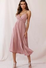 SELFIE LESLIE Blush pleated dress