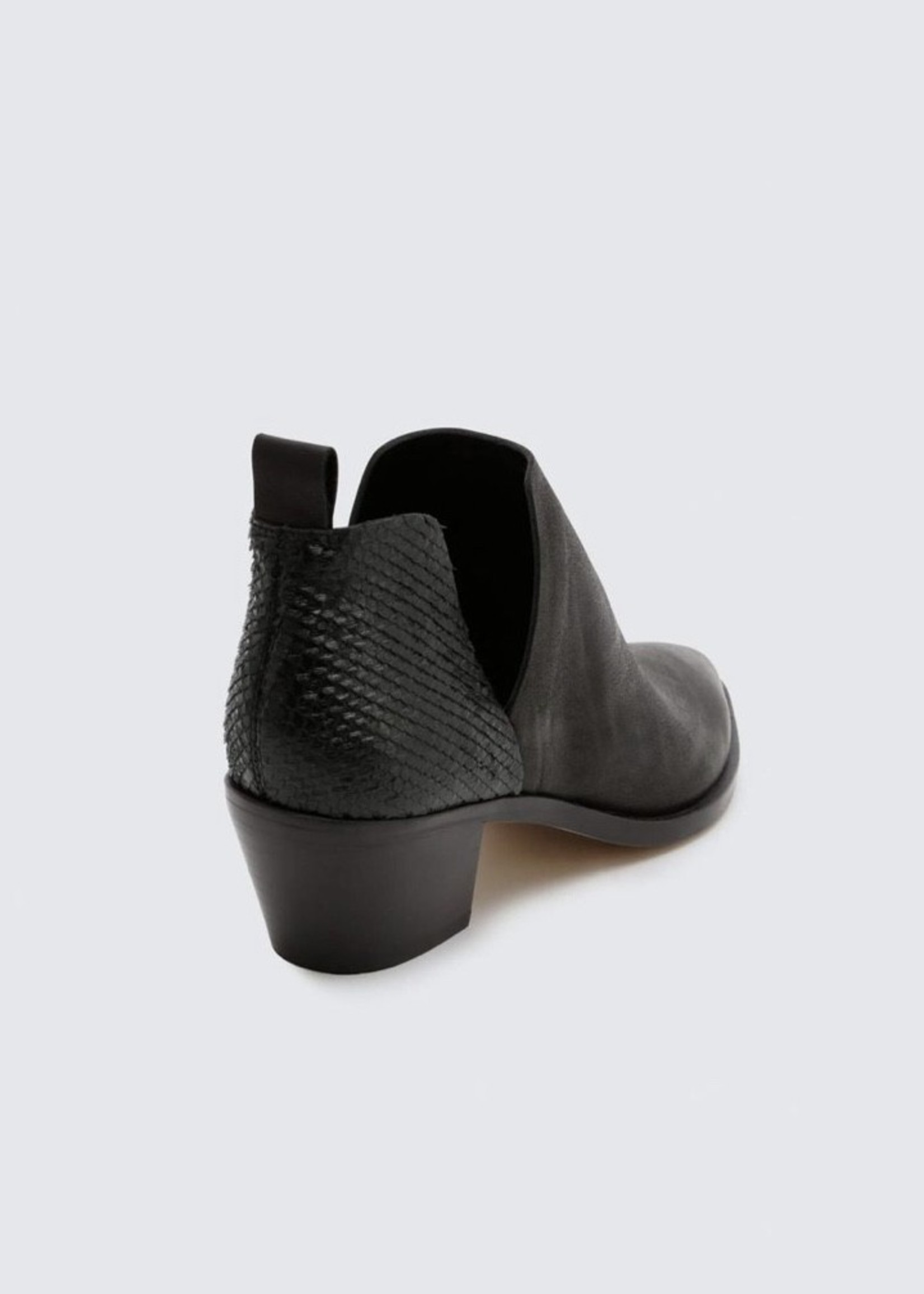 DOLCE VITA Sonni Ankle Boot