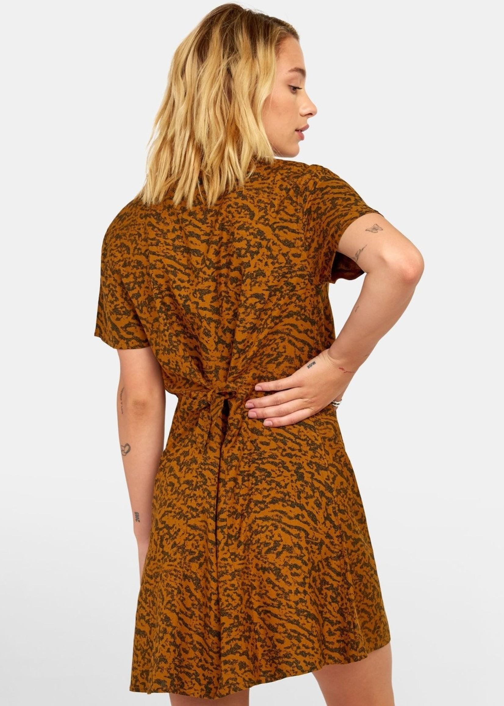RVCA GUILT BUTTON-UP DRESS