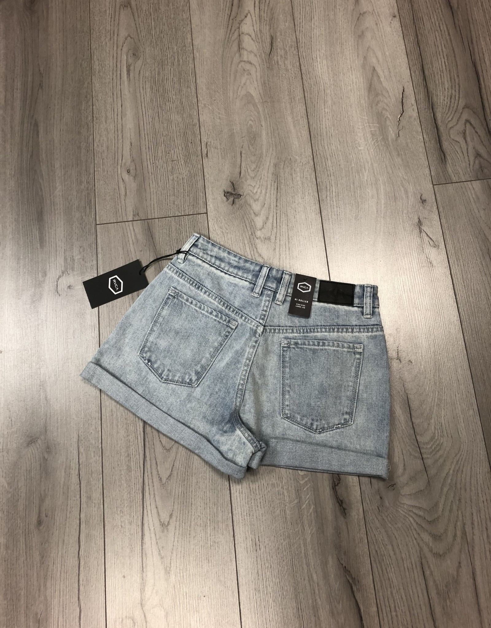 RVCA HIGH ROLLER Denim short, also available in a different shade