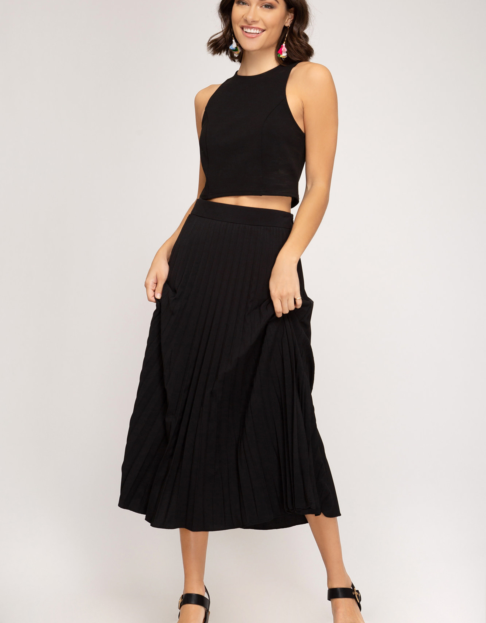 LeBLANC finds PLEATED skirt, Royal or Black