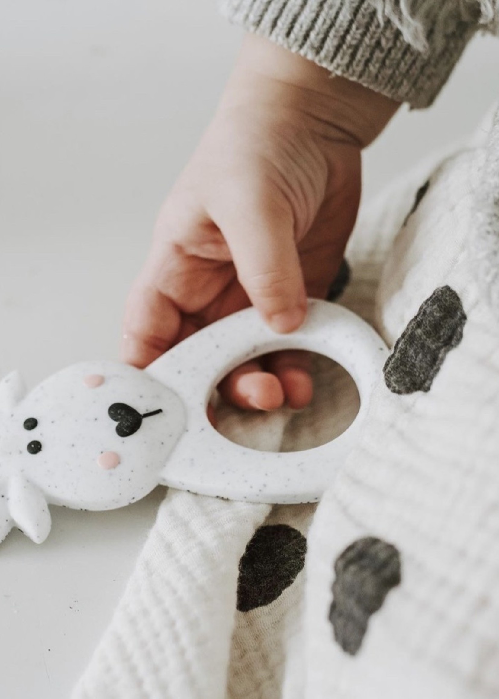 LITTLE CHEEKS LITTLE CHEEKS Speckle Moose SILICONE TEETHER