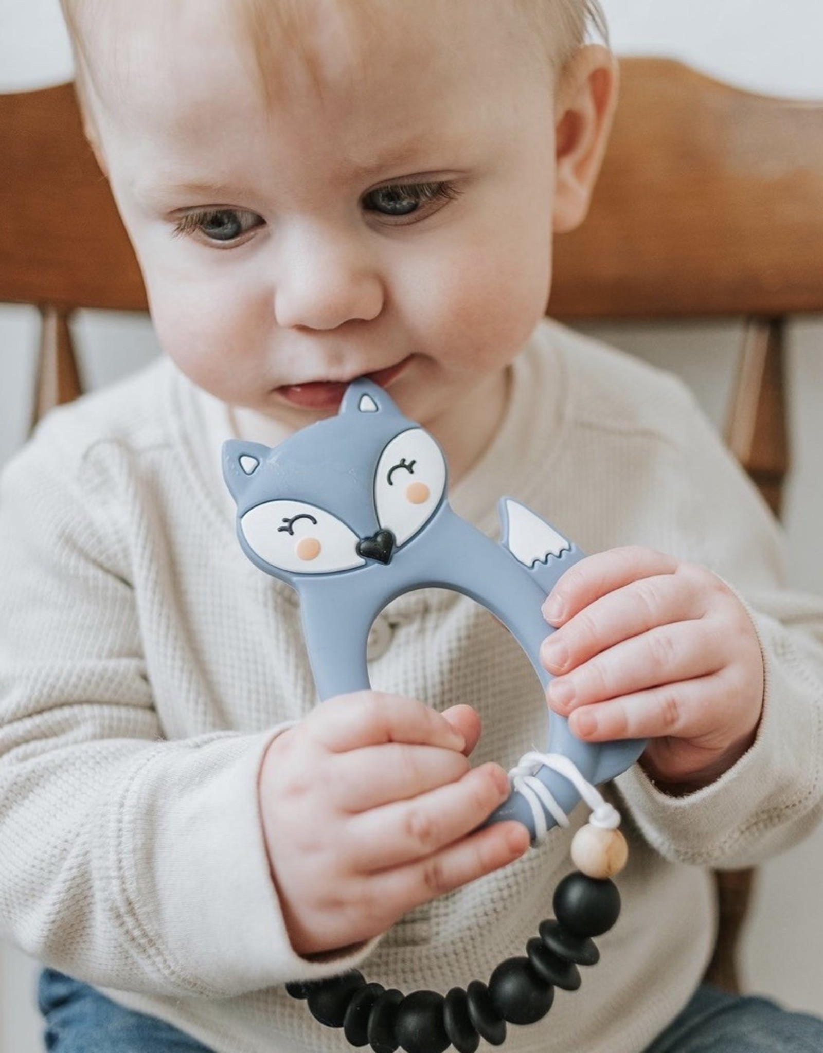 LITTLE CHEEKS Blue Fox SILICONE TEETHER