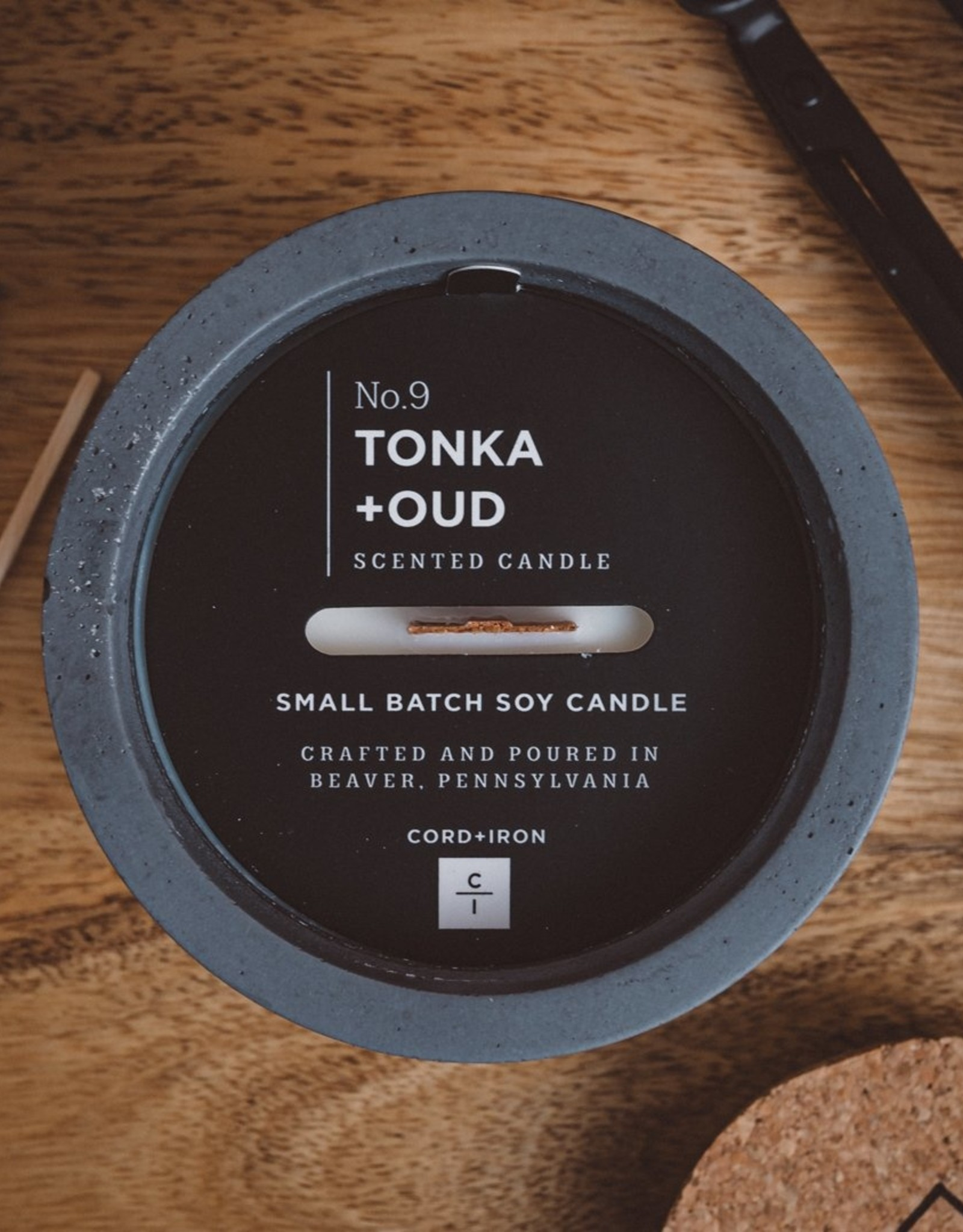 CORD +IRON TONKA+OUD Scented Candle - Charcoal