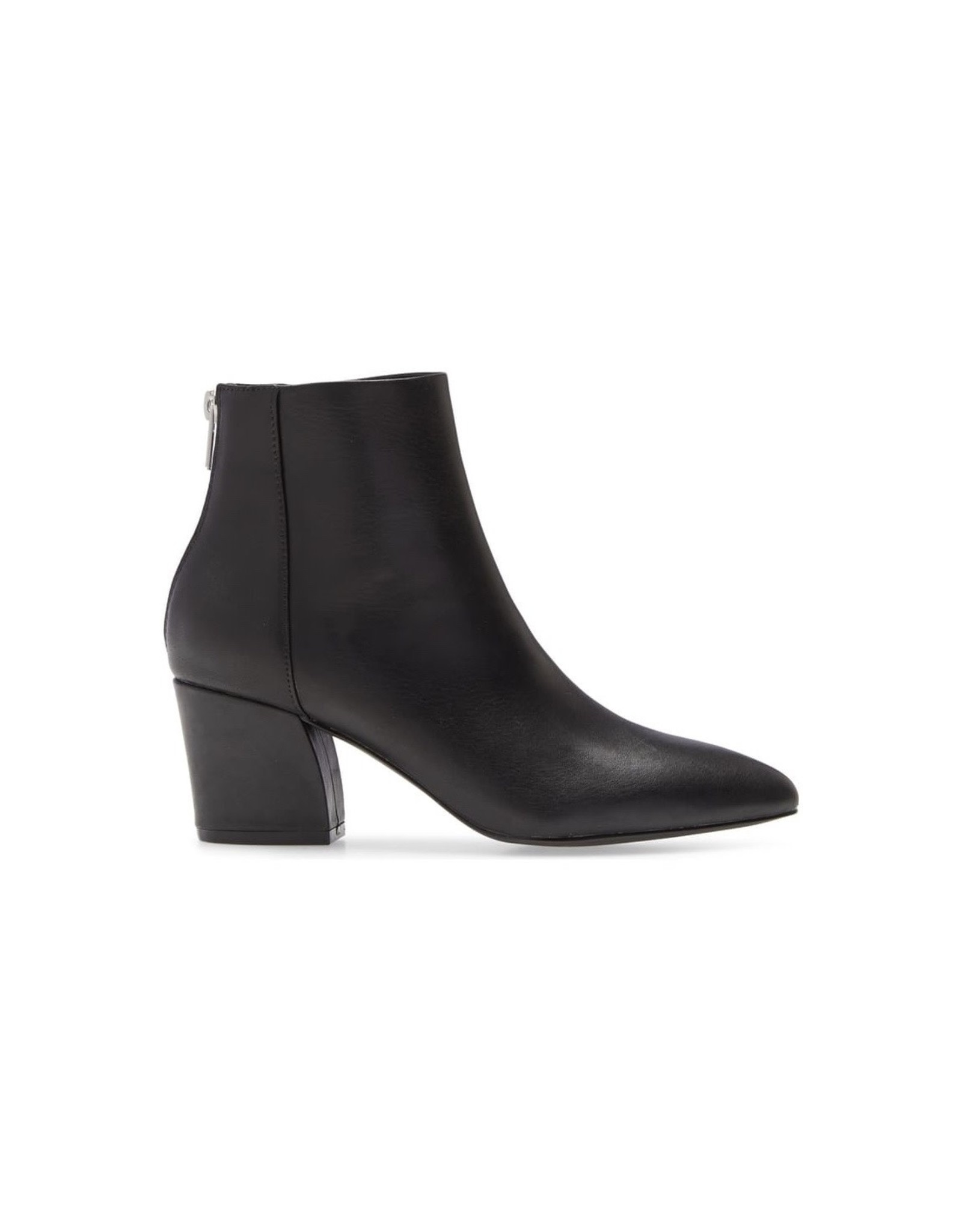 STEVE MADDEN The MISTIN Leather Booties