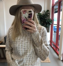 RD STYLE The Caitlin Knit Sweater