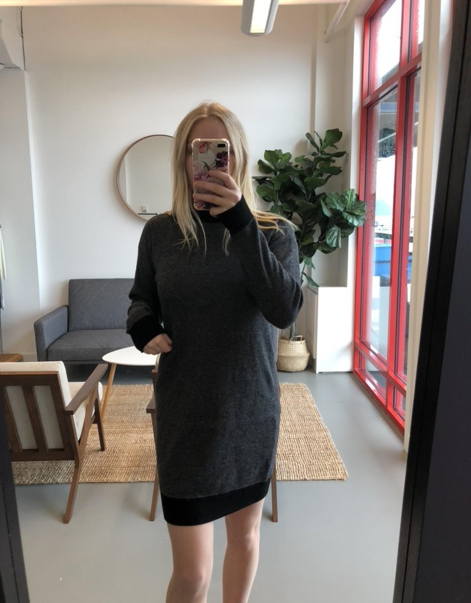 RD STYLE The Ashley Knit Dress