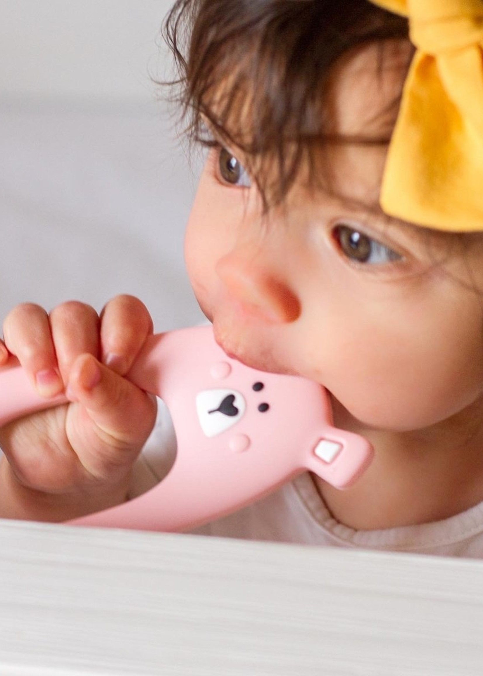 LITTLE CHEEKS LITTLE CHEEKS Pink Bear SILICONE TEETHER