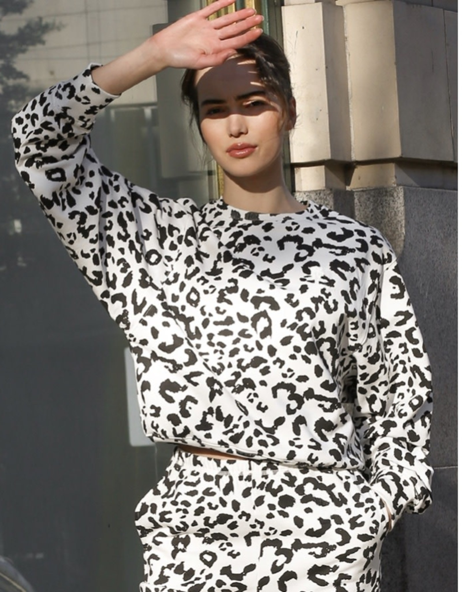 "BRUNETTE  the label The ""SNOW LEOPARD"" Best Friend Sweatshirt"