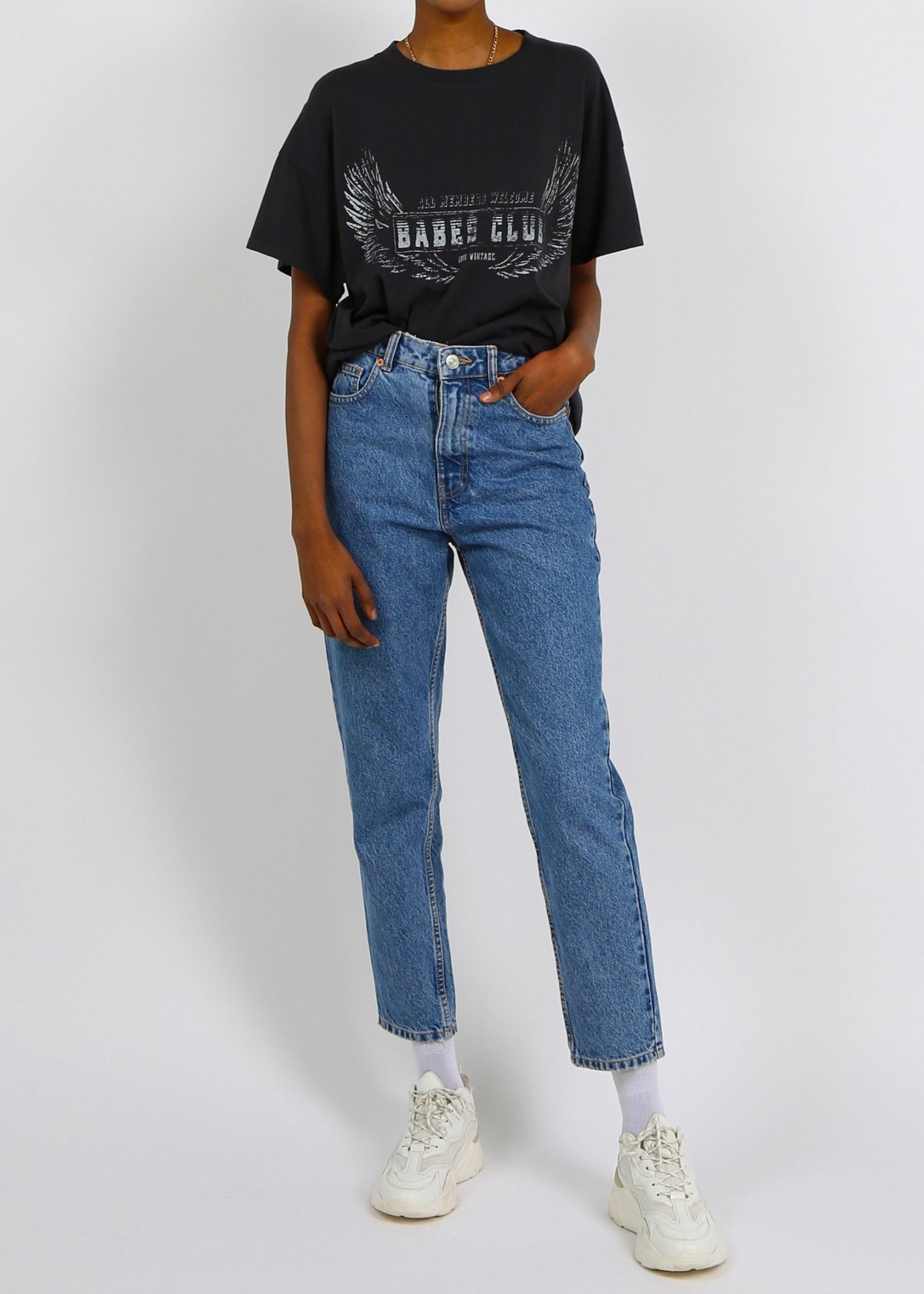 "BRUNETTE  the label The ""BABES CLUB"" Oversized Boxy Crew Neck Tee"