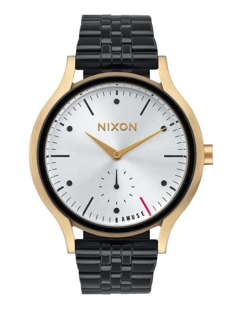 NIXON Watch, Sala style