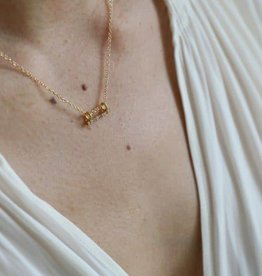 Lisbeth Mini Bar Necklace