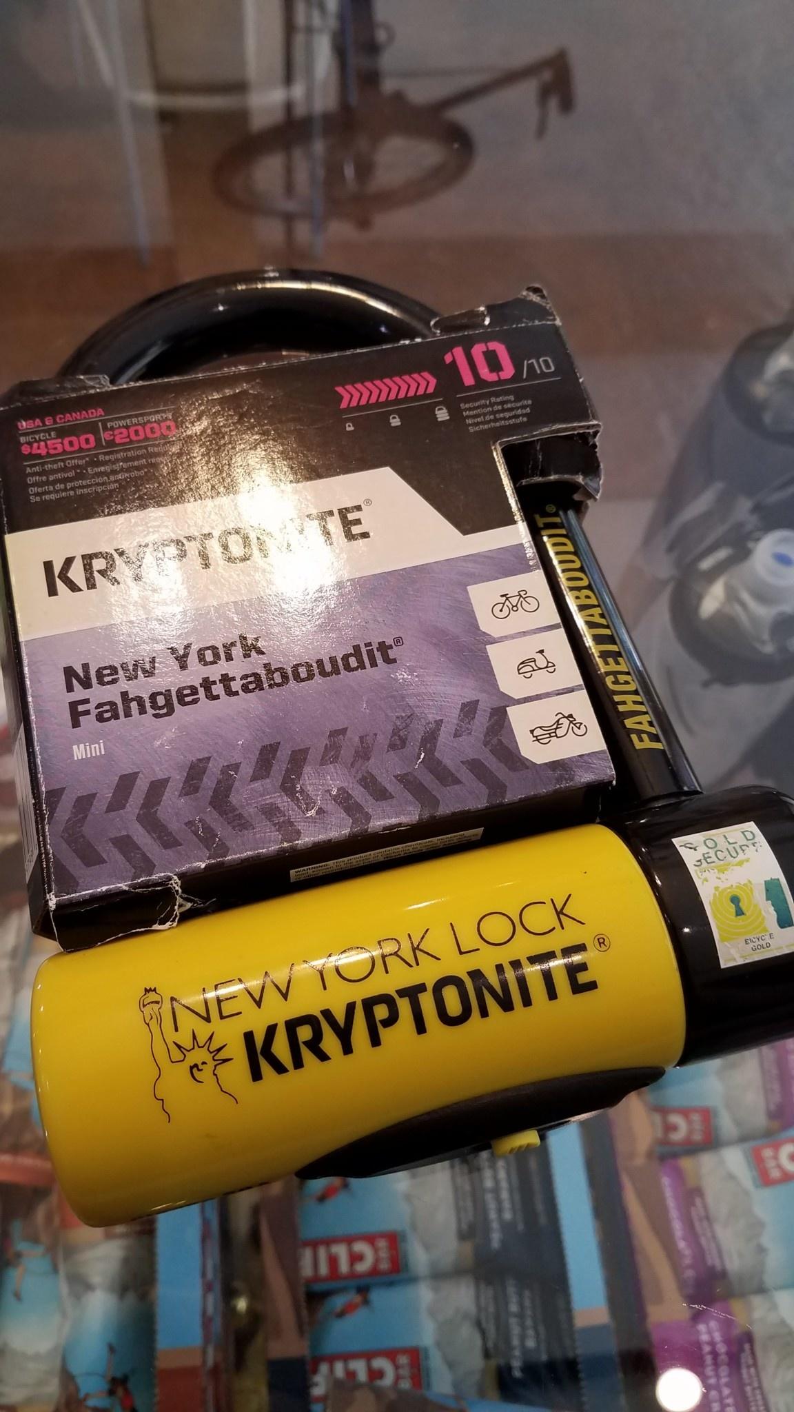 "Kryptonite New York U-Lock - 3.25 x 6"", Keyed, Black"
