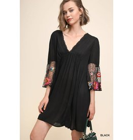 UMGEE AMELIA Floral Embroidered Shift Dress