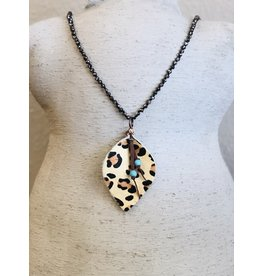 The Wholesale Jewelry ELLIOT Beaded Necklace with Leopard Pendant
