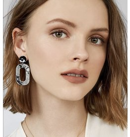 One Kiss FORUM Snakeskin Earring