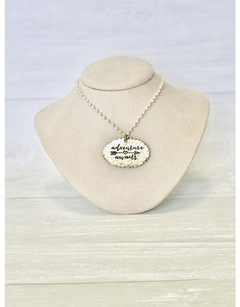 ADVENTURE AWAITS Pearl Necklace with Pendant