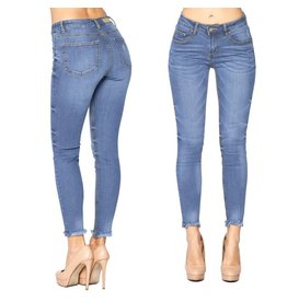 PERFECTION Frayed Skinny Jeans