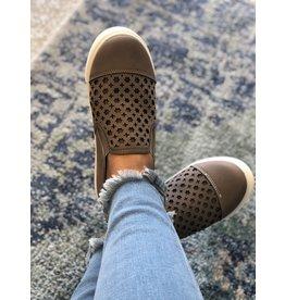 Olem Shoes AVA Sneaker