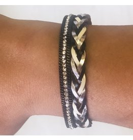 Davenports TWISTED Magnetic Bracelet