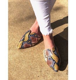 Bamboo JUSTIFY Snakeskin Mule Flats