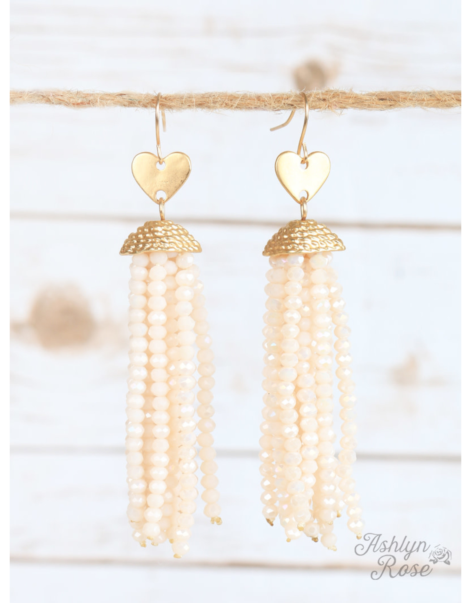 The Ritzy Gypsy FALLING IN LOVE Beaded Heart Earring (beige)