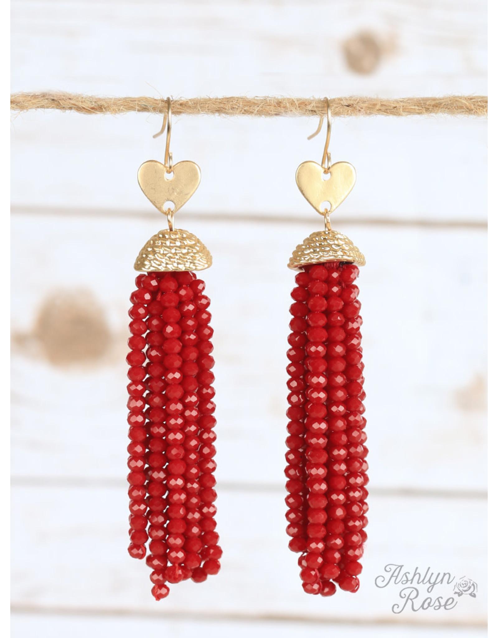 Southern Grace FALLING IN LOVE Beaded Heart Earring (red)