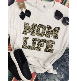 The Ritzy Gypsy MOM LIFE Leopard Graphic Tee