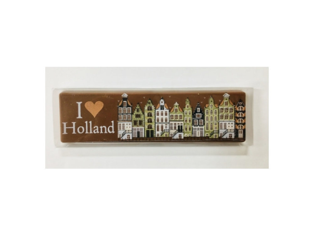 I love Holland Milk Chocolate Bar 2.6 oz Dutch houses Dated Aug 14