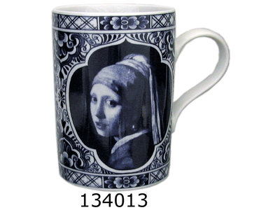 Delft Mug Girl with Pearl Gift Boxed