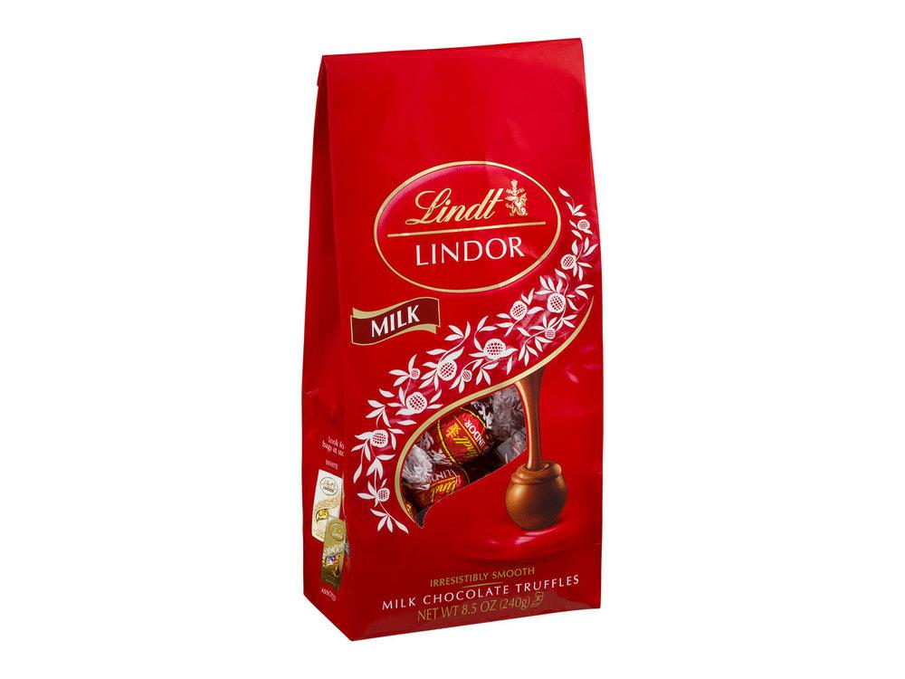 Lindt Milk Truffles  12 ct 5.1 oz Bag