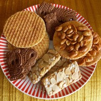 Stroopwafels and Speculaas