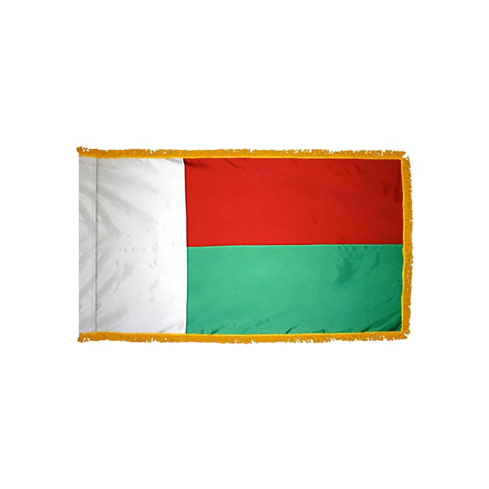 Madagascar Flag with Polesleeve & Fringe