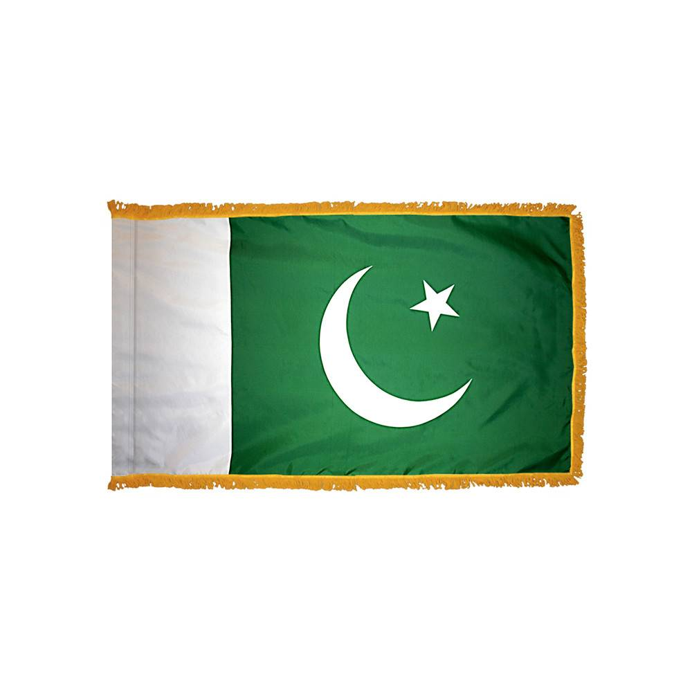 Pakistan Flag with Polesleeve & Fringe