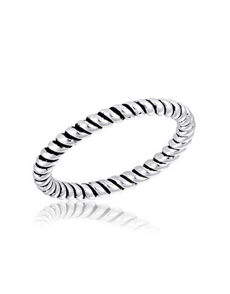 Center Court Twist Stack Ring
