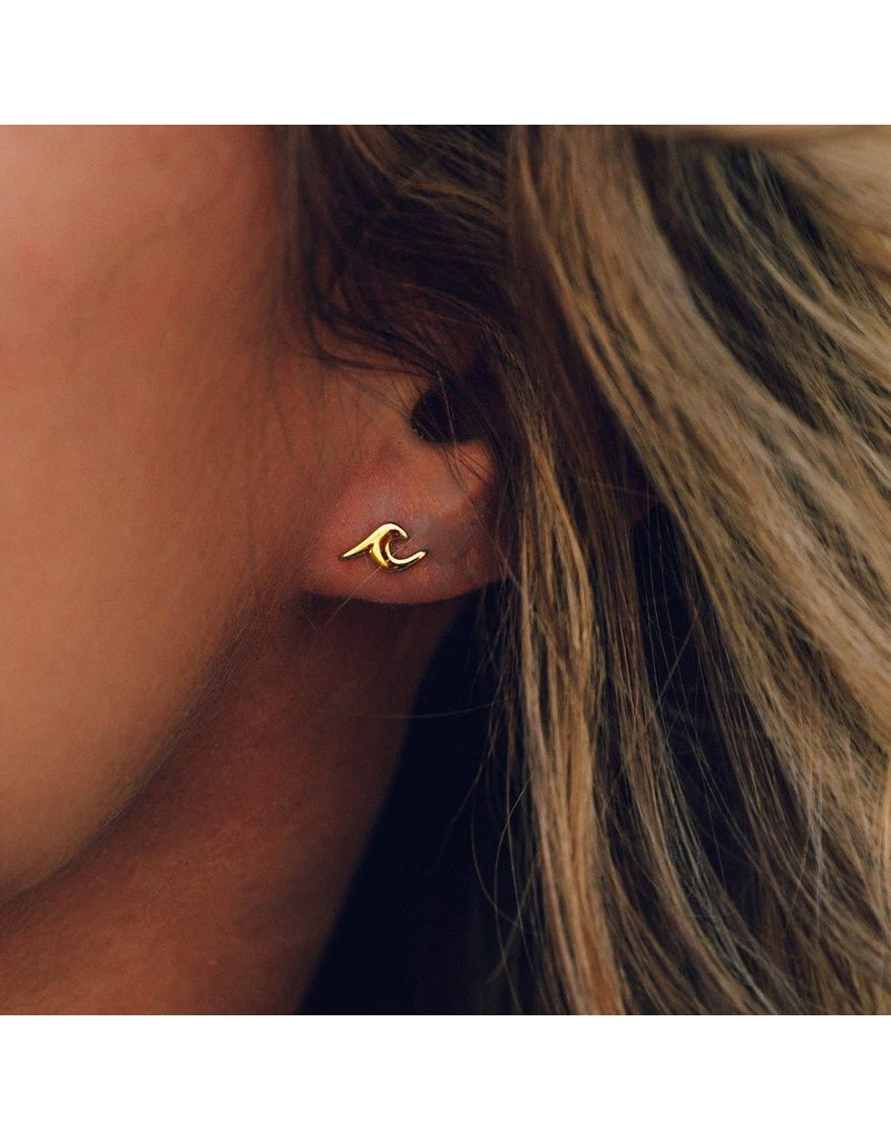 Pura vida Gold Wave earrings