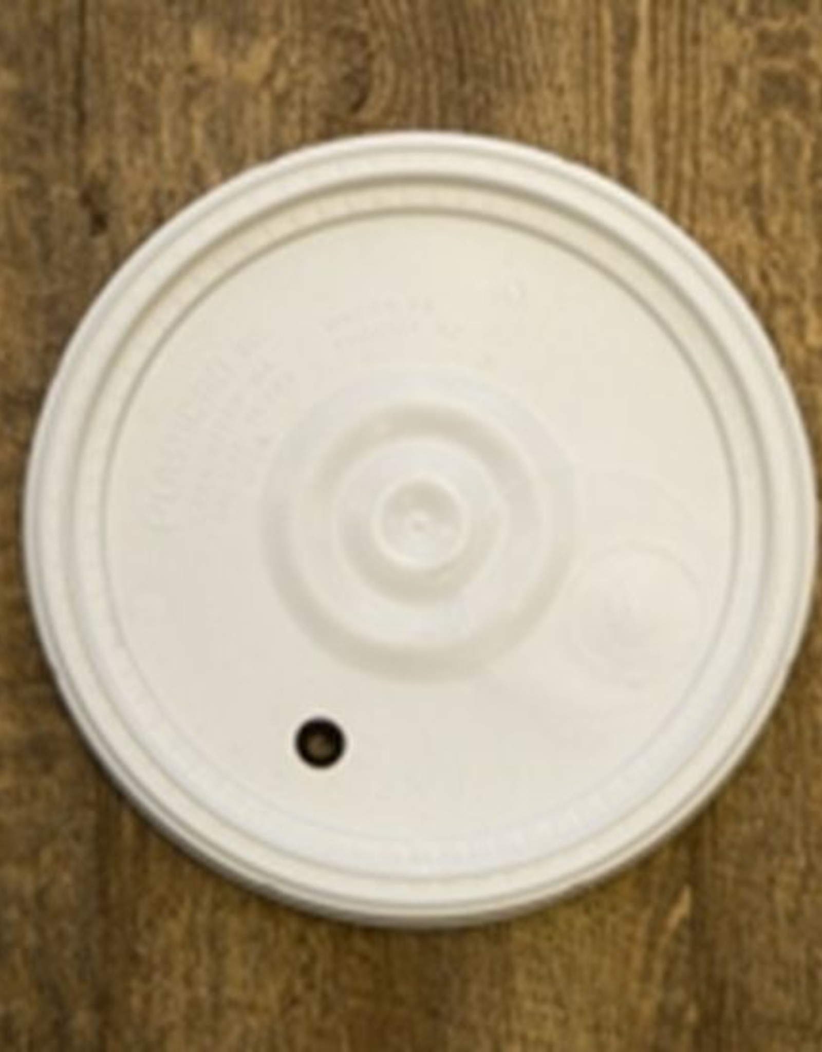 LID- 6.5 GALLON GROMMETED