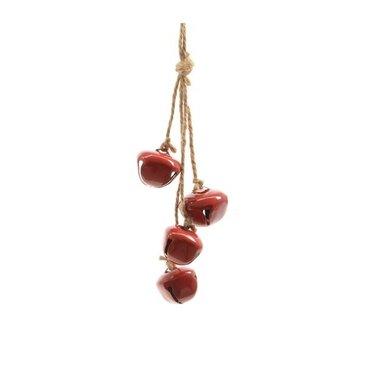 Cloches en fer rouge suspendues