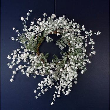 Couronne fleurs blanches