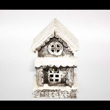 Maison simple bois gris enneigée LED, batterie et timer 23cm