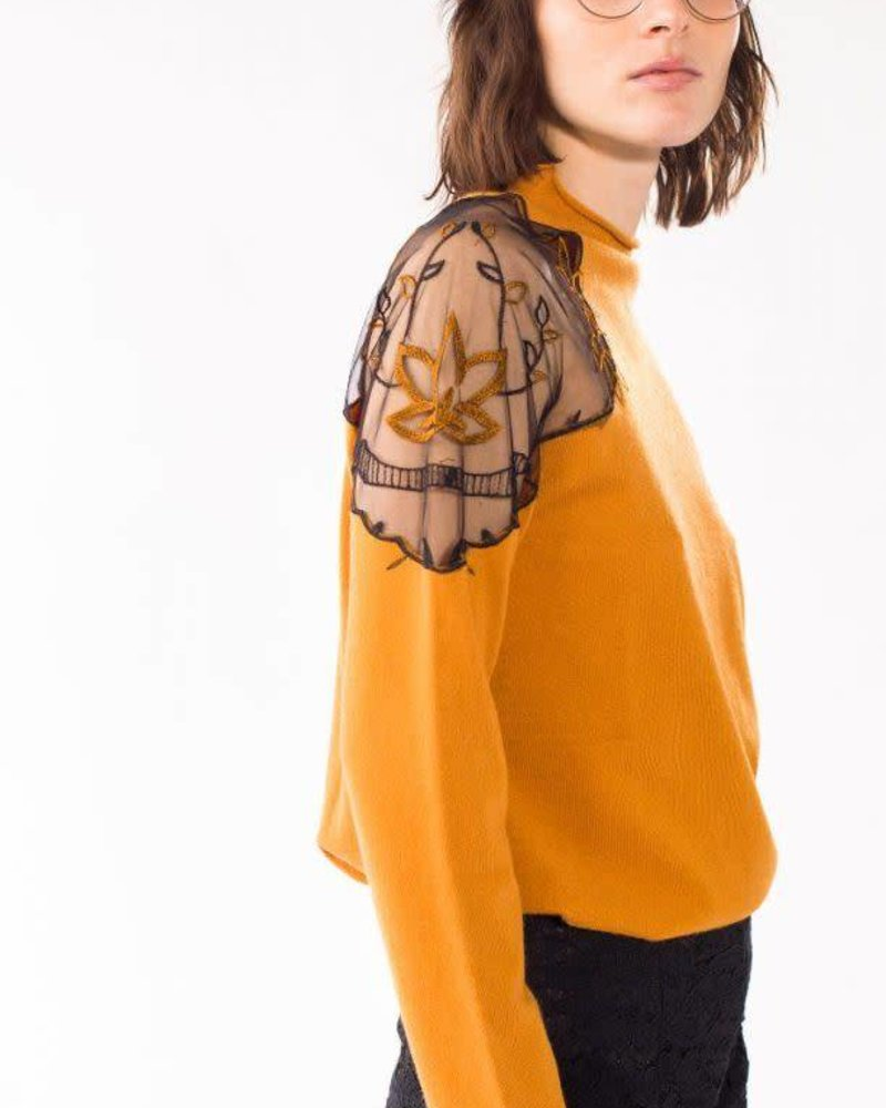 Pink Martini Collection Pink Martini 'Like A Daisy' Lace Shoulder Sweater (Extra Small) **FINAL SALE**