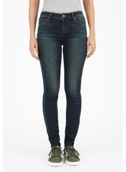 Articles of Society 'Mya' Cut Off Hem Jeans In Juneau (Size 27) **FINAL SALE**