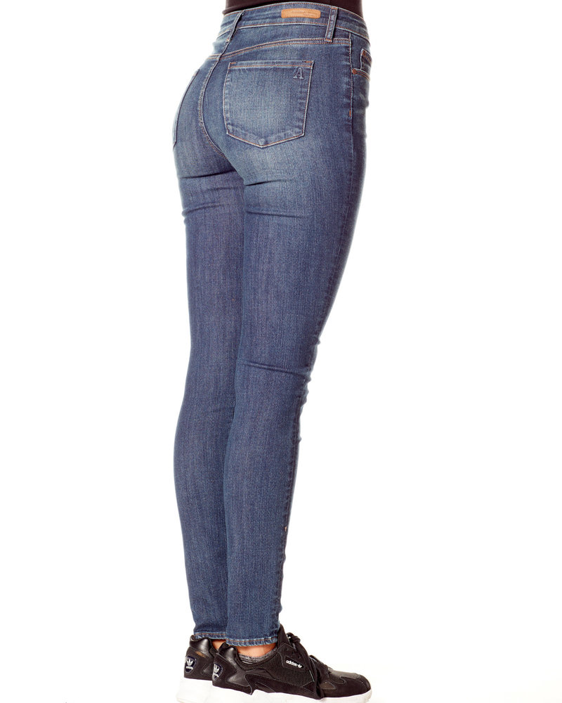 Articles of Society Articles of Society 'Sarah' Skinny Jean in Aaron **FINAL SALE**