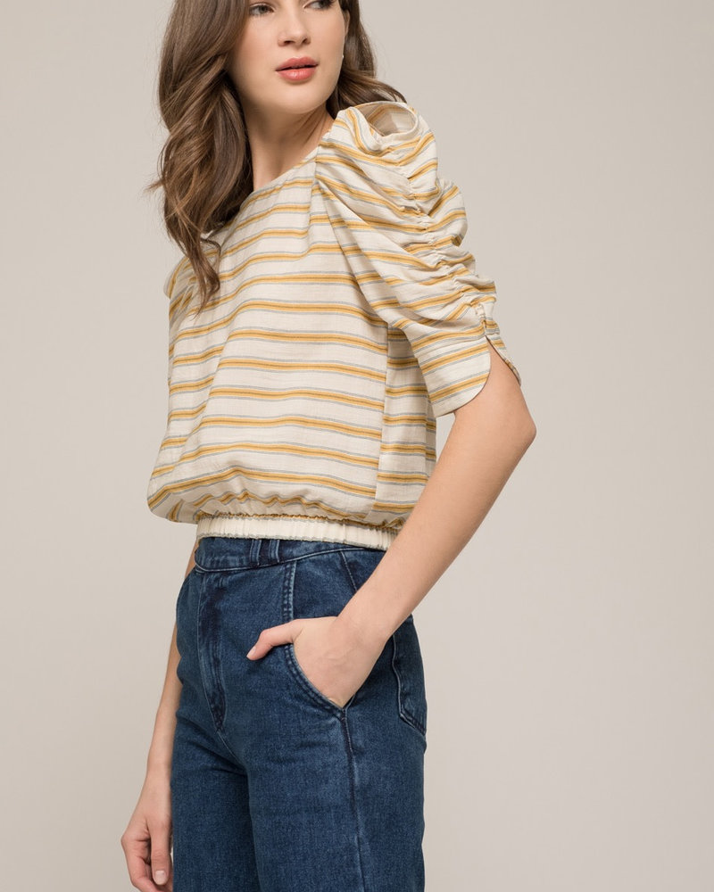 Moon River Moon River 'Backside Surprise' Puff Sleeve Top **FINAL SALE**