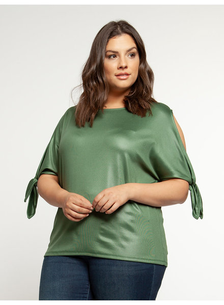 Dex Plus 'Keeping Cool' Cold Shoulder Top